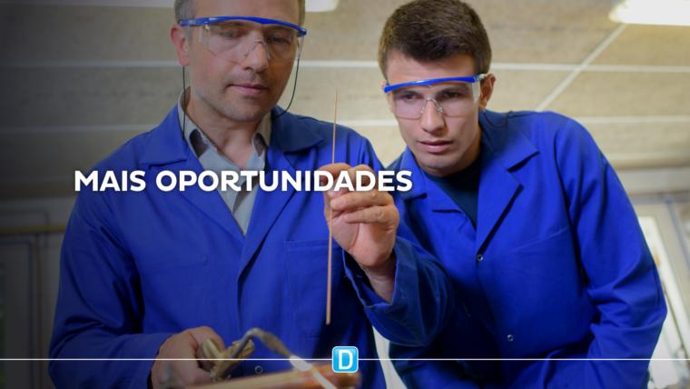 Ministério e OEI discutem parcerias para criação de emprego no Brasil