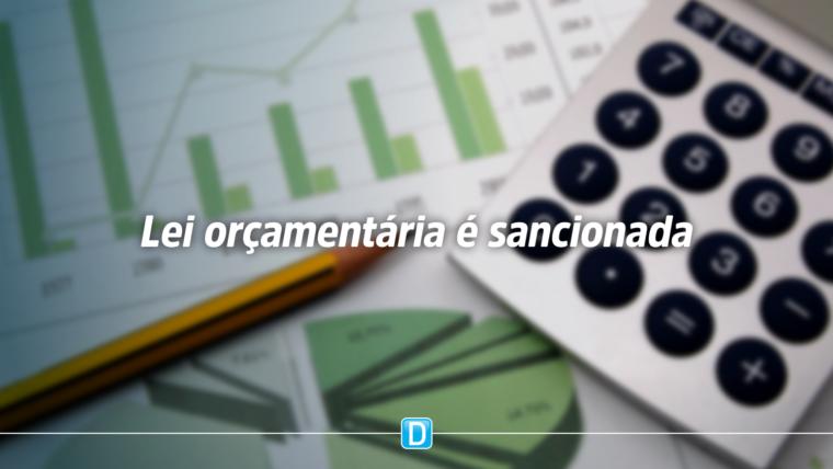 Lei orçamentária de 2020 é sancionada com fundo eleitoral de R$ 2 bi
