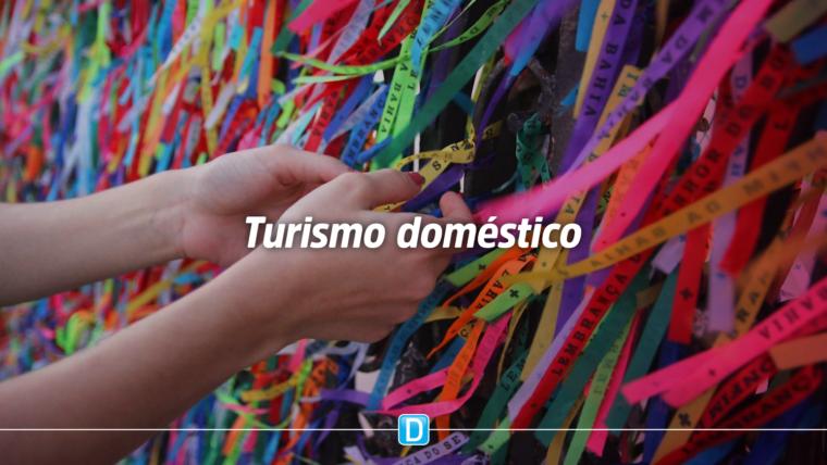 Turismo doméstico será pontapé para retomada do setor, afirma ministro