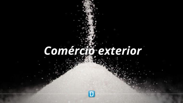 Embarques de açúcar batem recorde em outubro e balança comercial do agro alcança US$ 8 bilhões