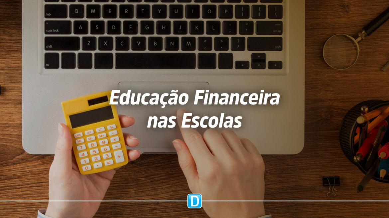 MEC lança Programa Educação Financeira nas Escolas